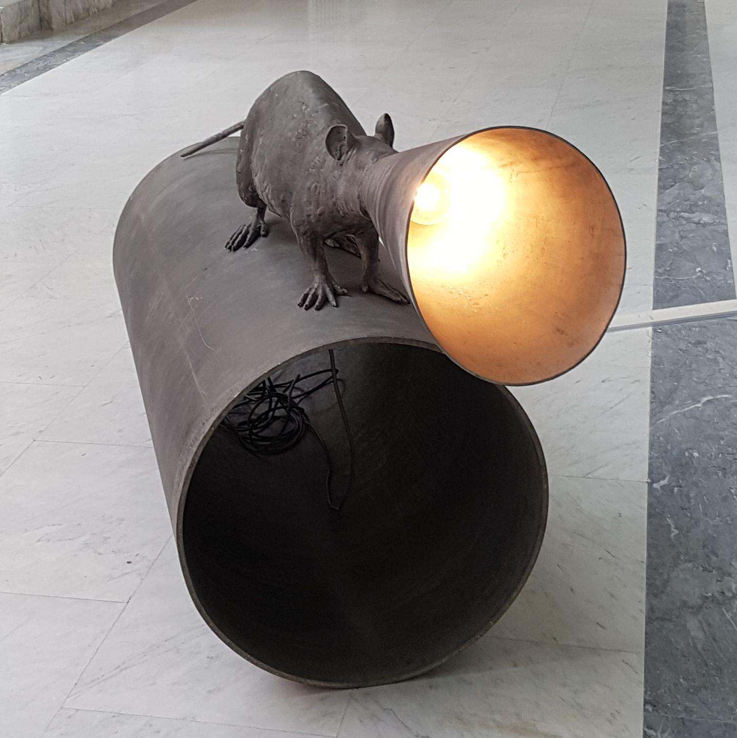 "Risultati immagini per Lu Lei: ""Pretending Egomania"" – 2015. Today Art Museum, Pechino. IMMAGINE?"