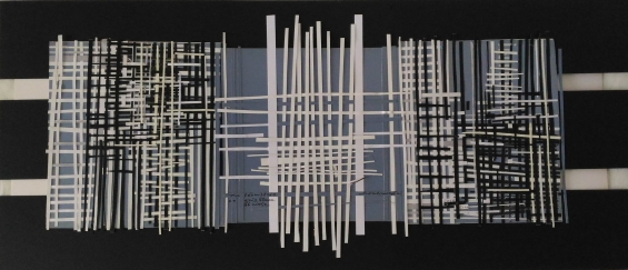 Le Geomètrie en blanc, gris e noir 70 x h 30 '15 a