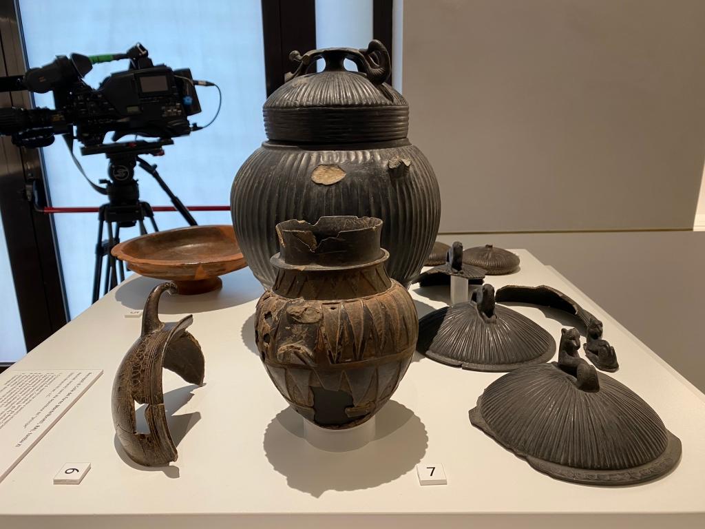 materiali ceramici pertinenti alla deposizione del _principe_